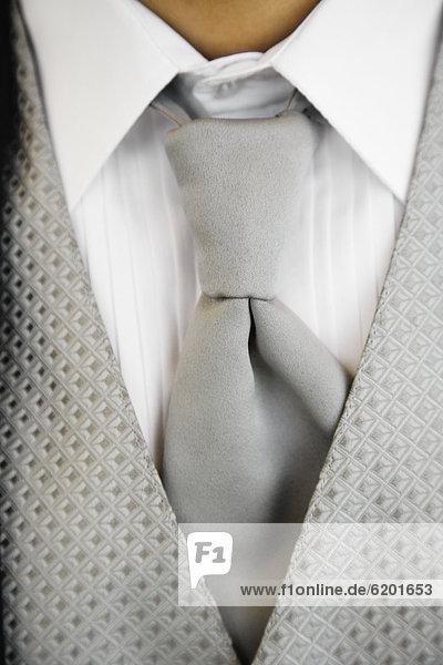 hoch  oben  nahe  Smoking  Krawatte