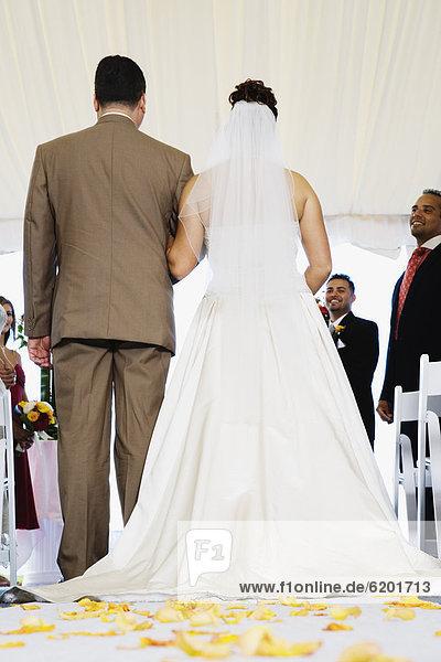 Braut  gehen  Gang