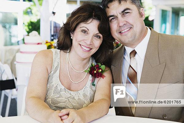 umarmen  Hochzeit