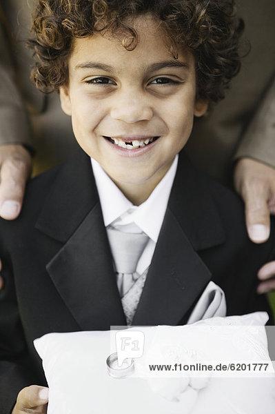 Hochzeit  Junge - Person  klingeln