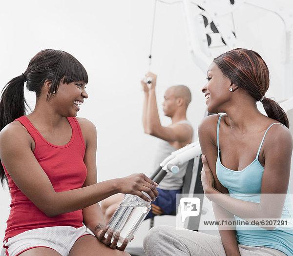 Frau lachen Gesundheit Verein