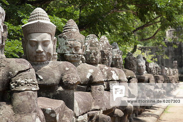 Statue  Angkor