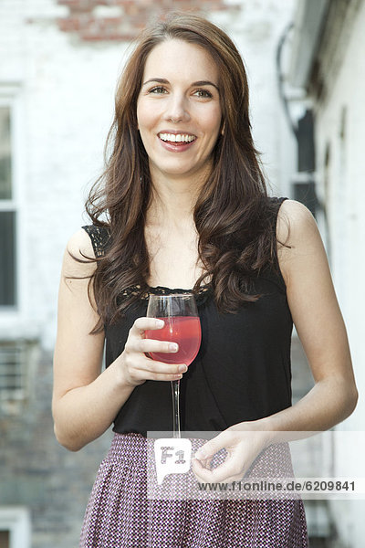 Europäer  Frau  Wein  Glamour  trinken Europäer ,Frau ,Wein ,Glamour ,trinken