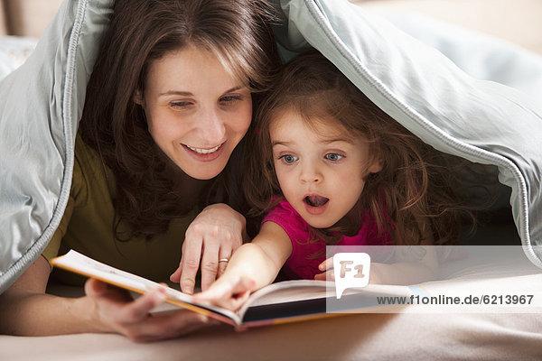 Europäer  Buch  unterhalb  Tochter  Taschenbuch  Mutter - Mensch  vorlesen