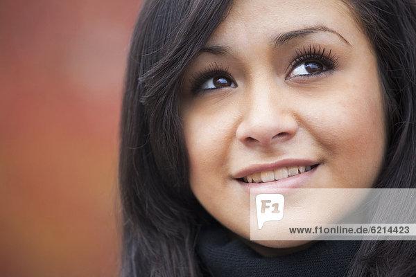 Jugendlicher  lächeln  Hispanier