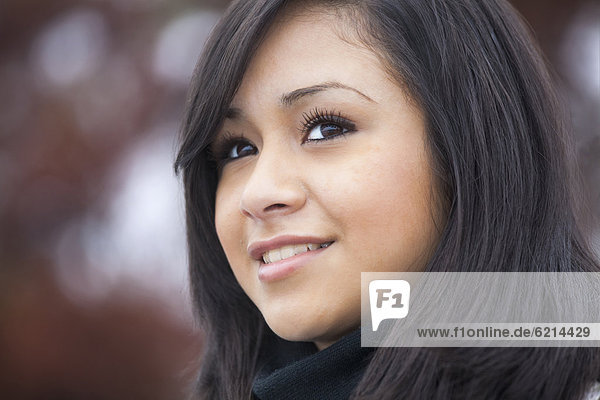 Jugendlicher  lächeln  Hispanier  Mädchen