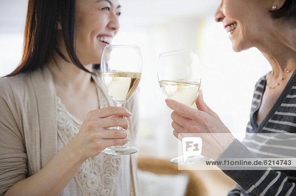 Wein  weiß  trinken  Tochter  Mutter - Mensch  japanisch