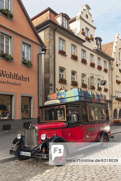Außenaufnahme Europa Geschichte Dorf Weihnachten Omnibus Bayern Deutschland Rothenburg ob der Tauber