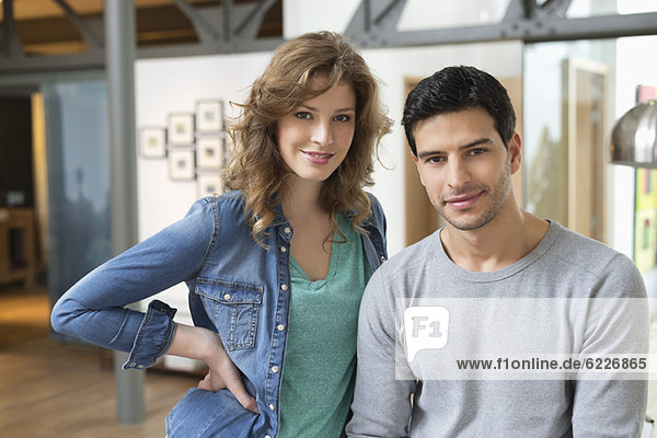 Porträt eines lächelnden Paares