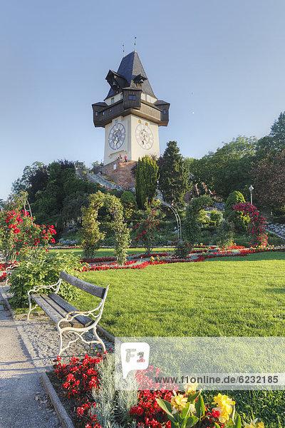 Bürgerbastei  Uhrturm auf Schlossberg  Graz  Steiermark  Österreich  Europa  ÖffentlicherGrund