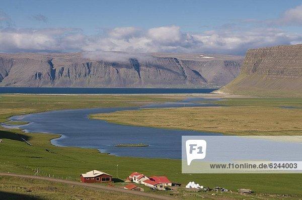 Landschaft Bauernhof Hof Höfe typisch Fjord Island