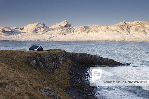 Wohnhaus klein Hintergrund Fjord Island
