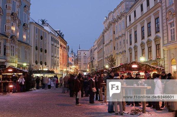 Messestand  Europa  Mensch  Menschen  Weihnachten  Österreich  Markt