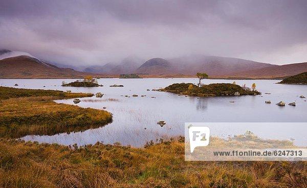 Europa  Großbritannien  Himmel  über  Sturm  Herbst  Highlands  Moor  Schottland