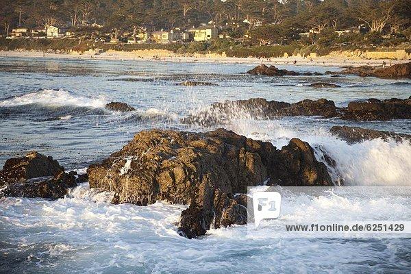 Vereinigte Staaten von Amerika  USA  Felsen  fahren  Ozean  Küste  Nordamerika  vorwärts  Kalifornien