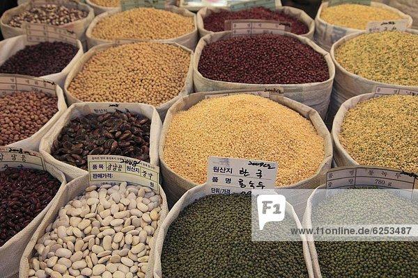 Gyeongdong Markt  größte asiatische Medizin in Korea  Seoul  Südkorea  Asien