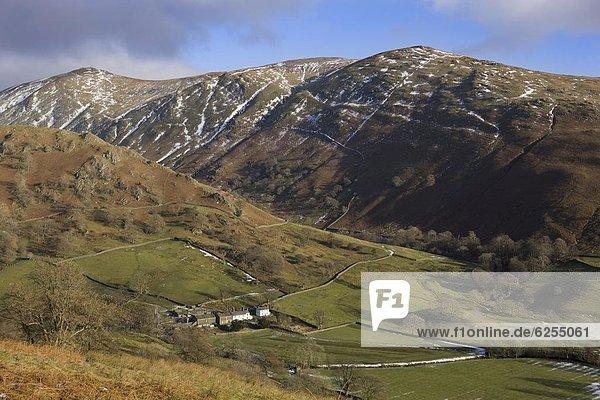 zeigen  Bauernhaus  Europa  Stein  Tradition  Großbritannien  Ansicht  nähern  gekalkt  Cumbria  England