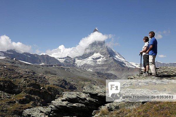 Europa  frontal  wandern  Matterhorn  Westalpen  Schweiz  Zermatt