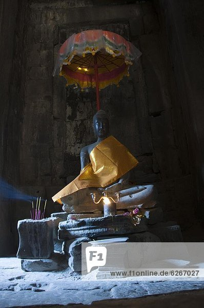 fünfstöckig  Buddhismus  Südostasien  UNESCO-Welterbe  Angkor  Angkor Thom  Asien  Bayon Tempel  Kambodscha  Siem Reap