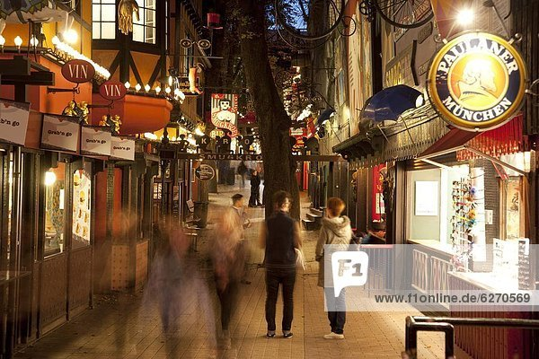 Städtisches Motiv Städtische Motive Straßenszene Straßenszene
