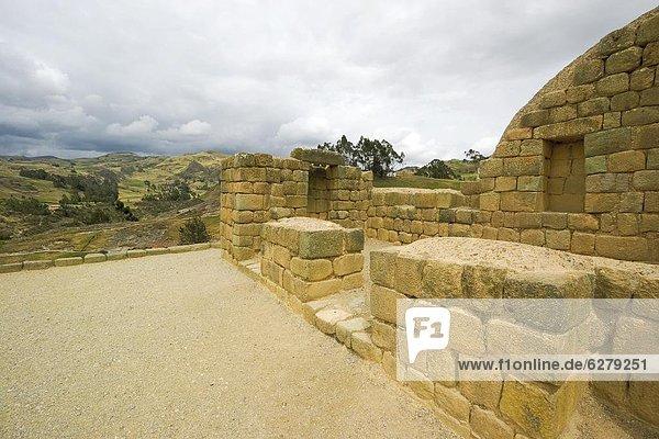 Mörtel  zeigen  Bildhauerei  wichtig  Klassisches Konzert  Klassik  Ecuador  Inka  Südamerika  Sonne