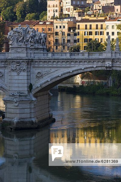 Rom  Hauptstadt  Europa  über  Fluss  Tiber  Latium  Italien