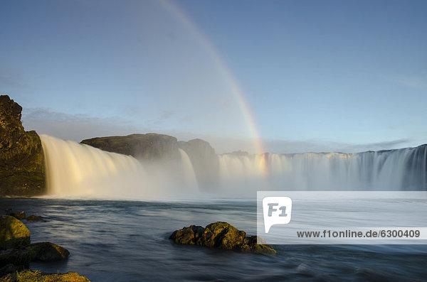 Rainbow  Go_afoss waterfall on the Skj·lfandafljÛt river  Ring Road  Nor_urland eystra  Northeast Iceland  Iceland  Europe