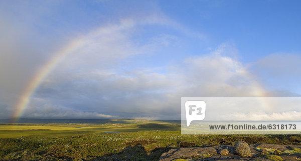 Regenbogen über der Ebene der Hera_sflÛi Bucht  Island  Europa