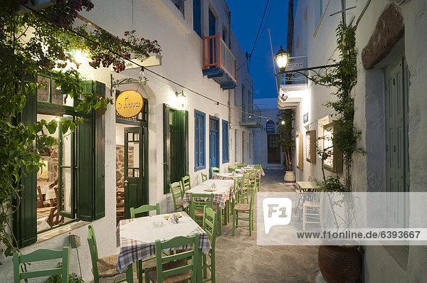 Leeres griechisches Restaurant  Taverne  Mykonos  Kykladen  Griechenland  Europa