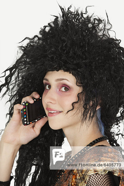 Handy  benutzen  Frau  Schönheit  reizen  Kurznachricht  jung  Gothic  Haar