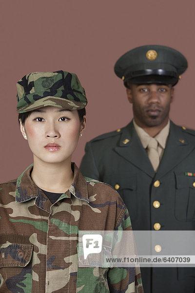 Portrait  Vereinigte Staaten von Amerika  USA  Soldat  Hintergrund  jung  Offizier