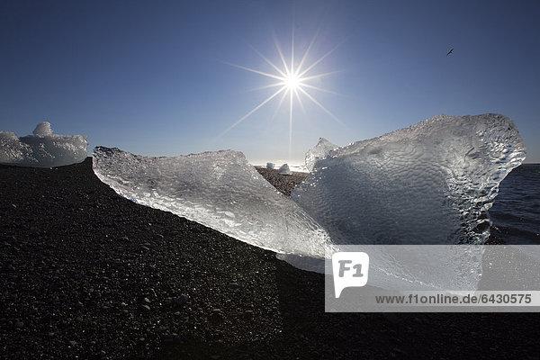 Eis  Gletschersee Jökulsarlon  Vatnajökull  Ostisland  Island  Europa