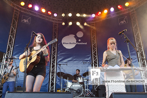 Rebecca and Megan Lovell of the U.S.-American sisters' band Larkin Poe performing live at the Blue Balls Festival  Pavilion at the lake  Lucerne  Switzerland  Europe