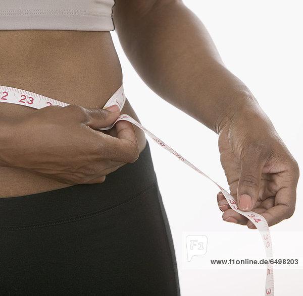 Frau  Mittlerer Ausschnitt  Maß  Oberkörperaufnahme
