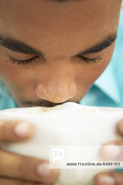 hoch  oben  nahe  Mann  trinken  Kaffee