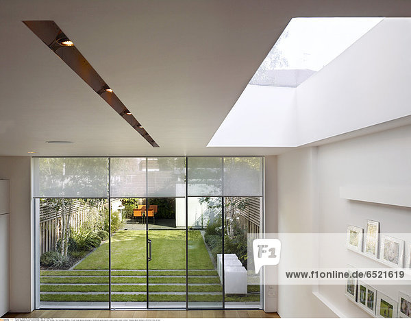 Mandatory Credit: Photo by Kilian O'Sullivan / View Pictures / Rex Features ( 880883a ) Private house daytime photograph of kitchen and garden beyond London Greater London Architect: Thompson Baroni Architects ARCHITECTURAL STOCK
