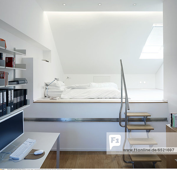 Mandatory Credit: Photo by Kilian O'Sullivan / View Pictures / Rex Features ( 880892a ) Private house daytime photograph of bedroom London Greater London Architect: Thompson Baroni Architects ARCHITECTURAL STOCK