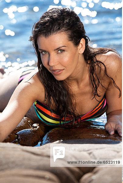 Woman beach portrait © Lucenet Patrice/Oredia