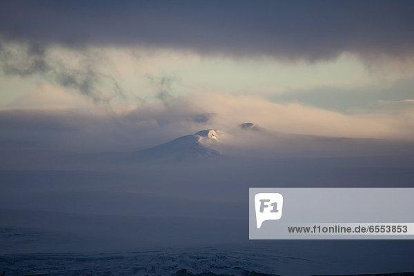 Berg  Berggipfel  Gipfel  Spitze  Spitzen  Ansicht