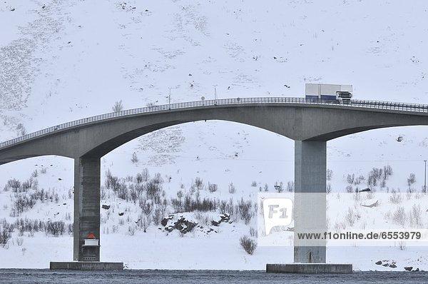 Winter  Brücke