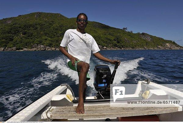 Seychellen  Seychelles  Indischer Ozean  Indian Ocean  Insel Mahe  Island Hopping  Silhouette Cruises *** Local Caption ***