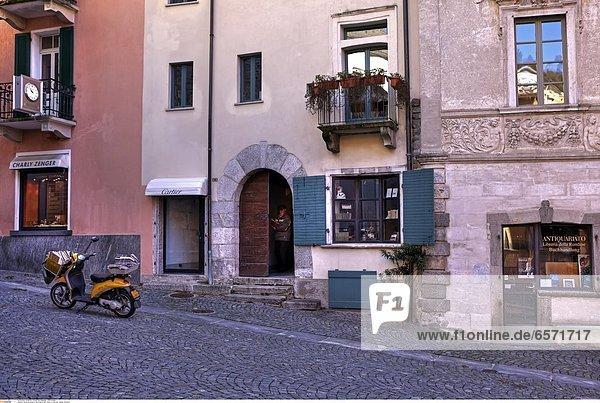 Piazza San Pietro in Ascona  Tessin  Schweiz