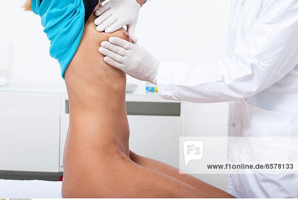 Woman physician portrait Lucenet Patrice/Oredia