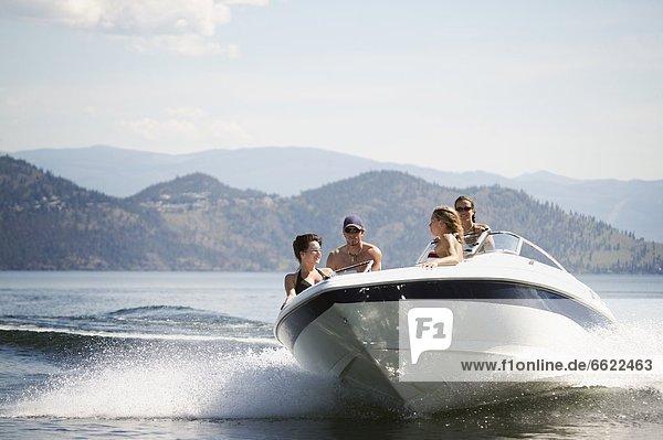 Mensch Menschen Motorboot