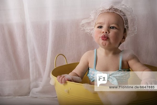 sitzend Blase Blasen Baby sitzend,Blase,Blasen,Baby