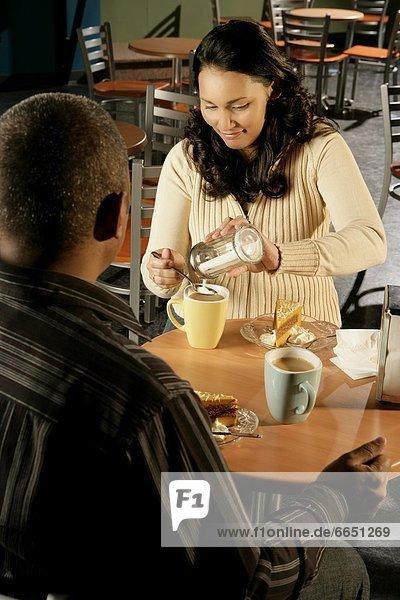 Laden  Kaffee