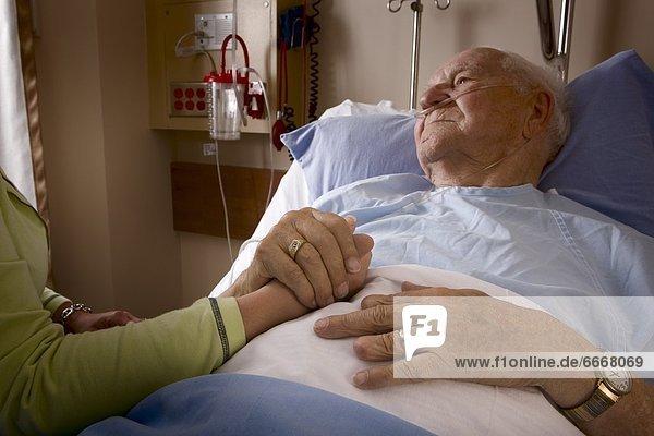 Mann  Krankenhaus  Bett