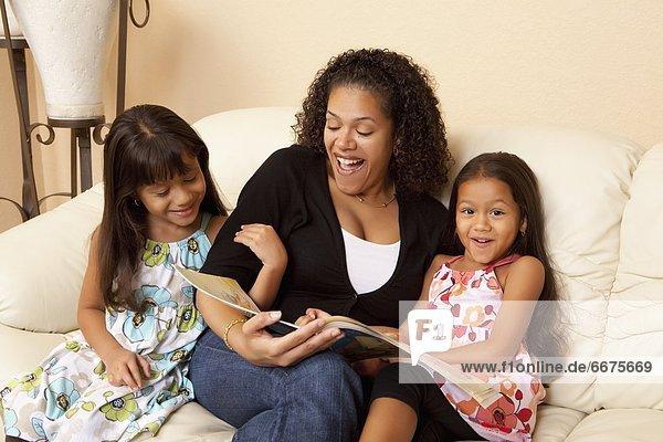 Tochter  Mutter - Mensch  vorlesen