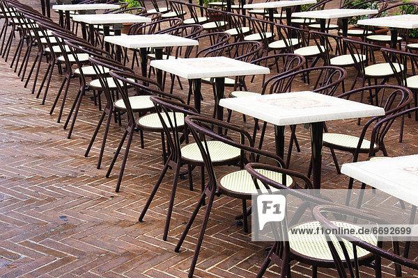 Stuhl Cafe