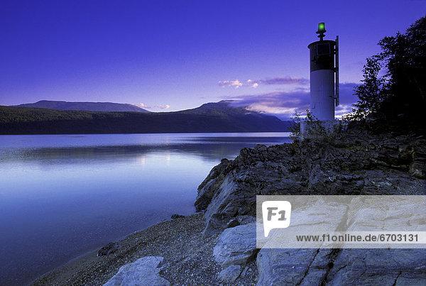 Morgendämmerung See Leuchtturm